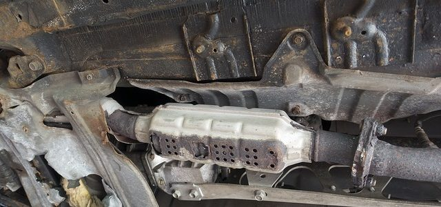 Niezależnie od tego czy nasze auto działa dzięki benzynie, olejowi napędowemu czy jest na gaz, z całą pewnością posiada również układ wydechowy. Ten usuwa wszystkie zanieczyszczenia powstałe przy spalaniu paliwa, […]